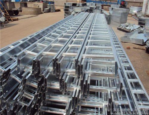 大跨距梯式桥架生产厂家