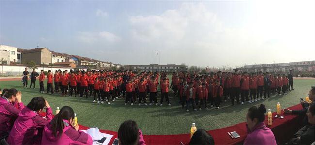 飞龙文武学校训练