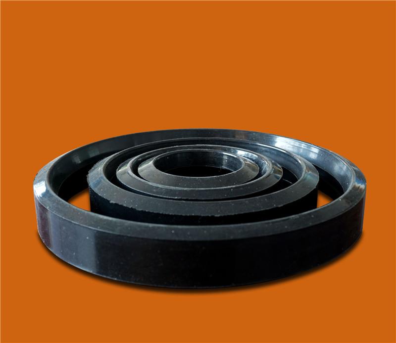 四川HDPE溝槽式排水管價格