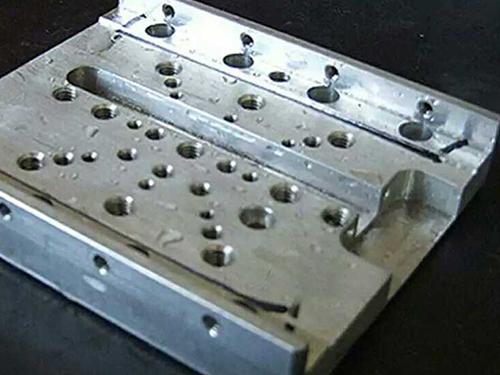 精密CNC加工