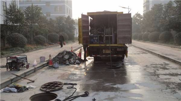 市政管道水下清淤