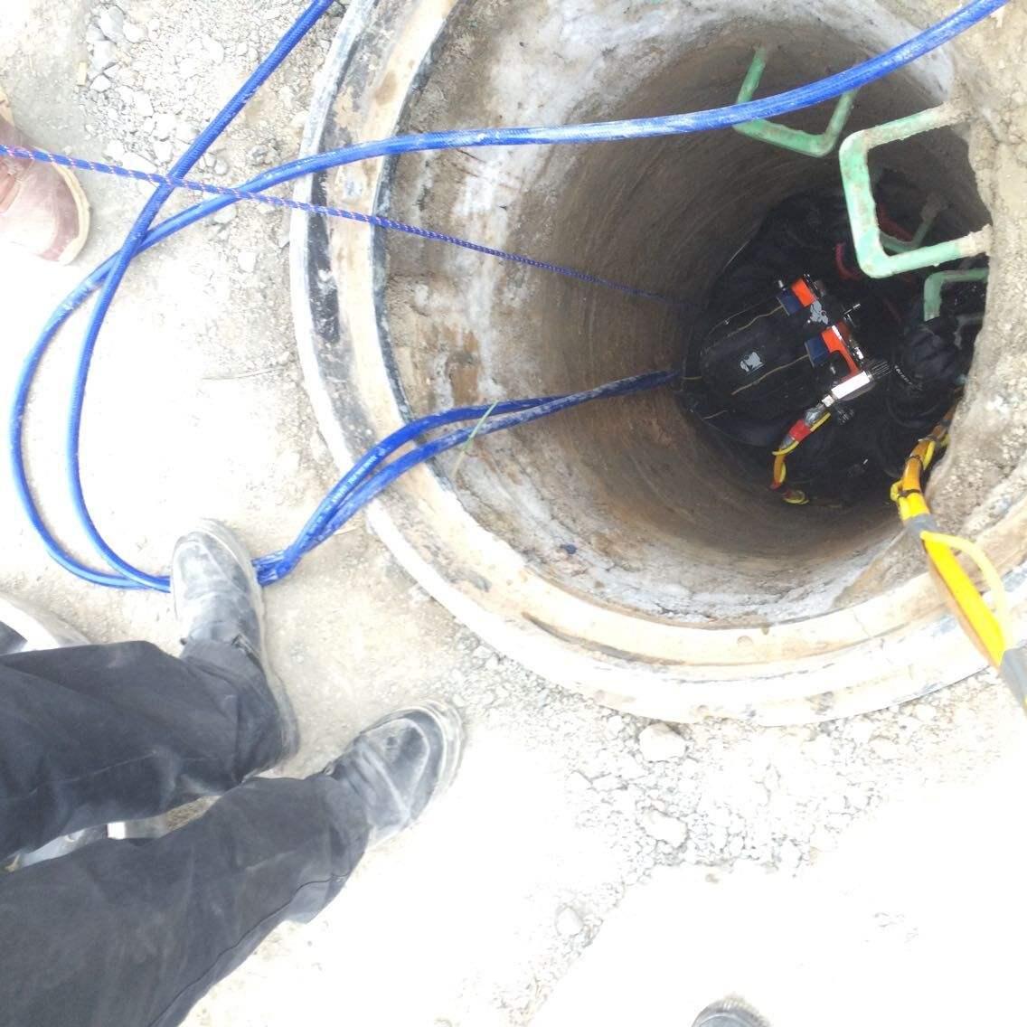 污水管水下拆除
