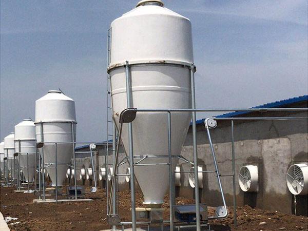 猪场建设自动饲喂储料罐