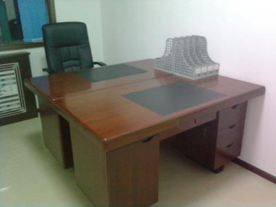 成都办公桌椅回收