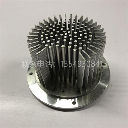 冷锻铝散热器