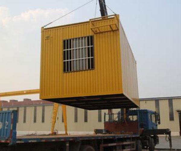集装箱吊装