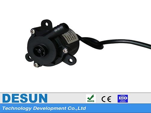 金莎娱乐_微型直流无刷潜水泵DS2508