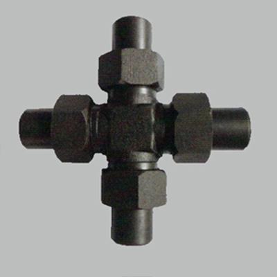 焊接式四通管接頭