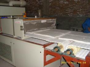 高科技自动化微波陶瓷纤维干燥设备产自山东微波干燥机