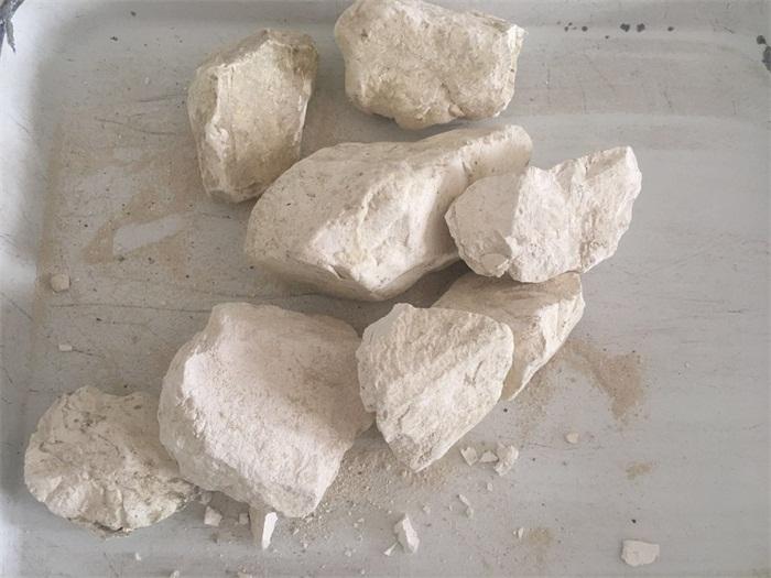 轻烧氧化钙块灰