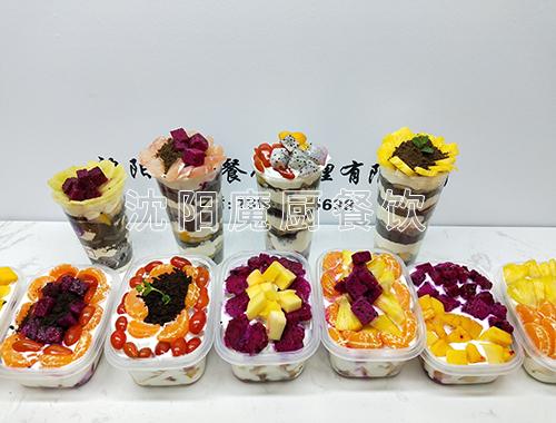 盒装酸奶水果捞加盟