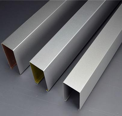 学校用铝方通