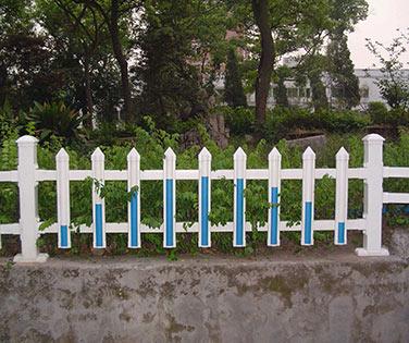 沈阳PVC护栏厂家