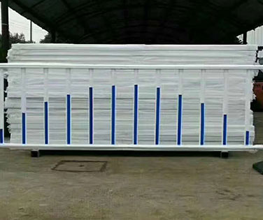 沈阳锌钢护栏厂家