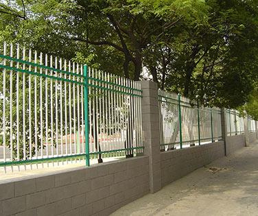 锌钢护栏厂家