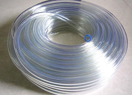 PVC水平流体管