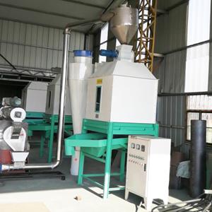 冷却器及风送系统