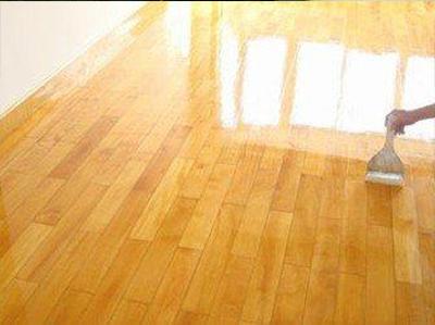 複合木地板打蠟