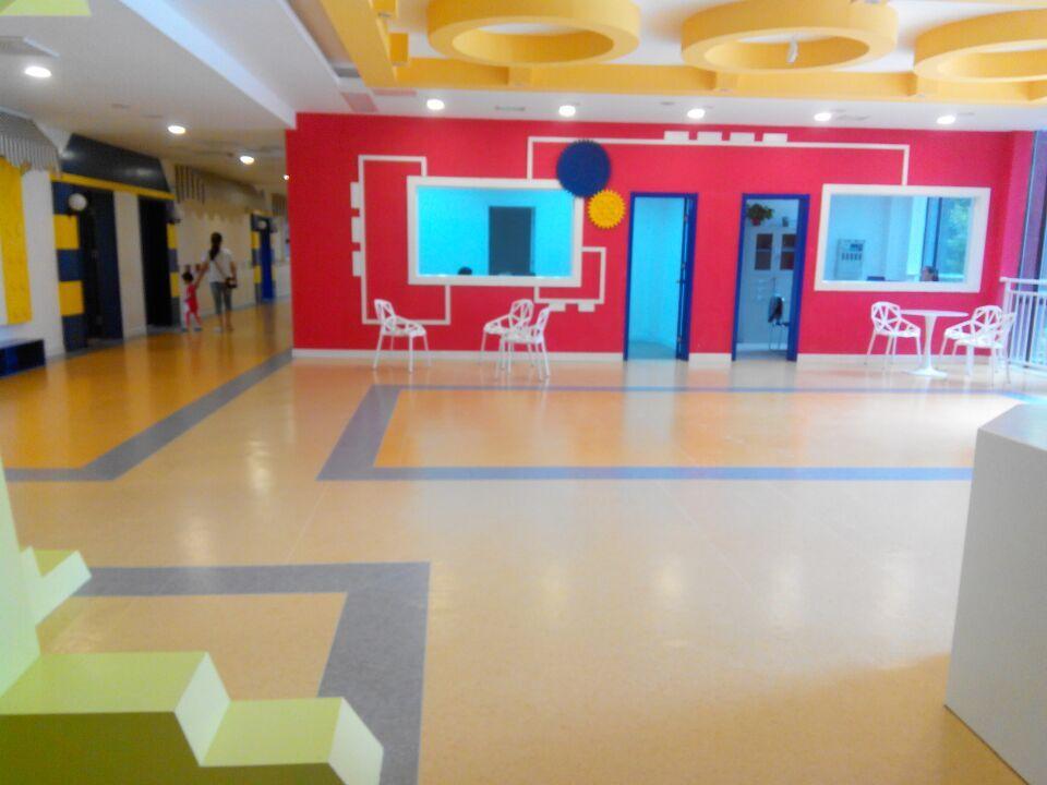 幼儿园pvc塑胶地板厂家