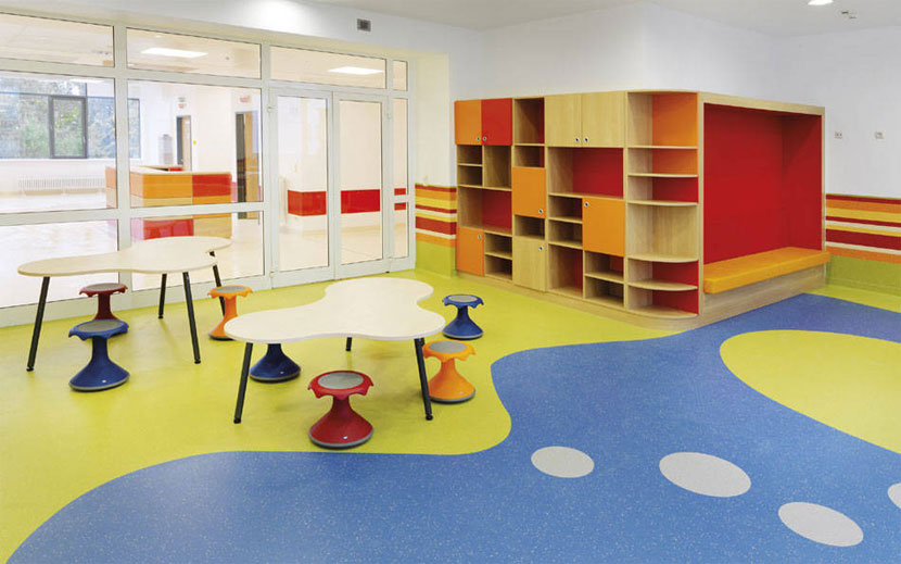 武汉幼儿园室内地面塑胶地板