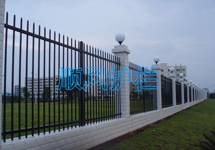 外墙铁艺护栏