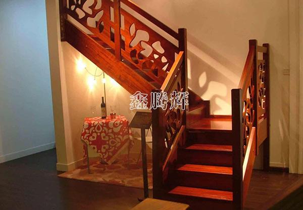 实木楼梯生产