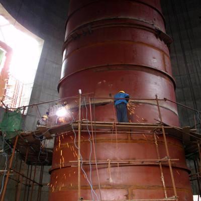钢烟囱防腐维护