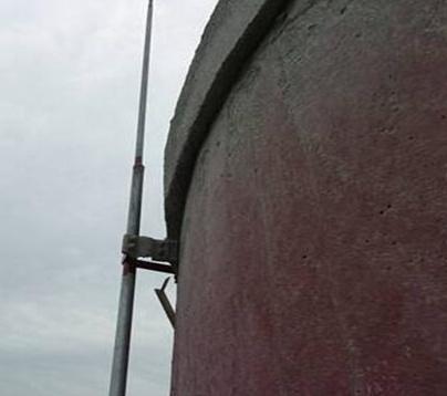 砖烟囱安装避雷针