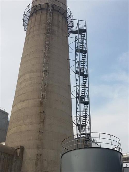 烟囱安装爬梯工程
