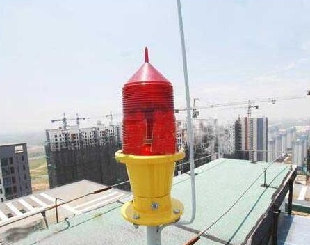电厂烟囱安装航标灯