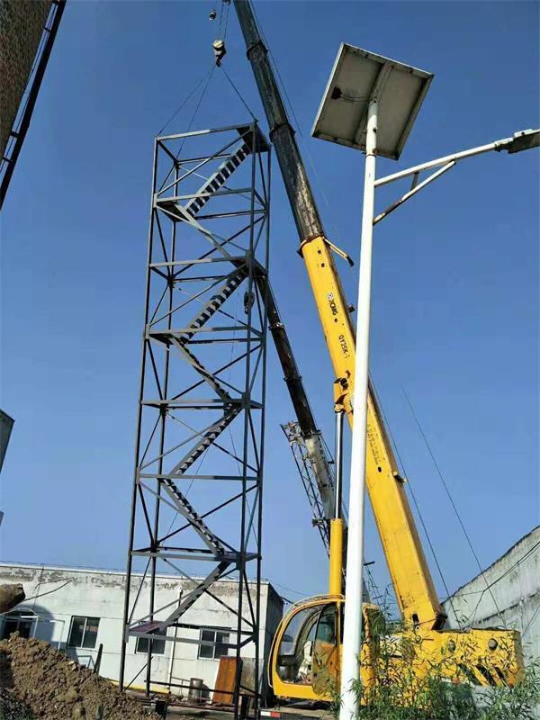 折梯起吊安装
