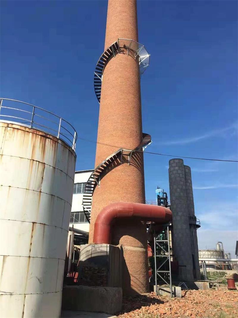 砖烟囱安装旋转梯