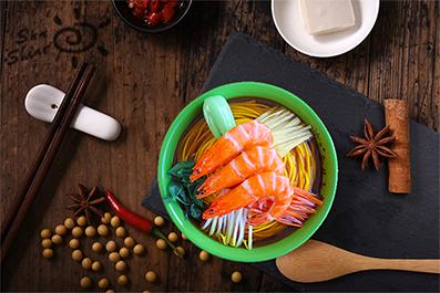蔬菜大虾面