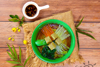 蔬菜鱼豆腐面