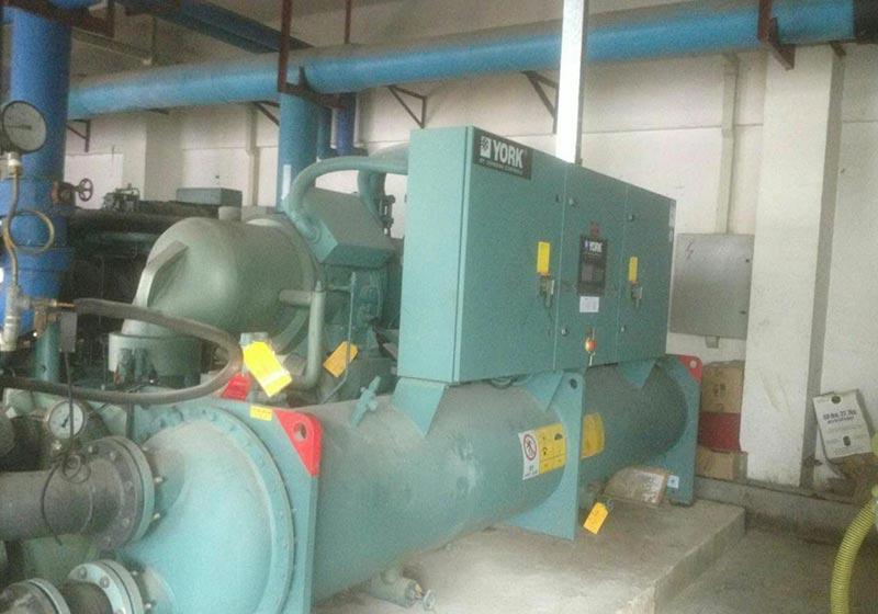 中央空调制冷机组维修