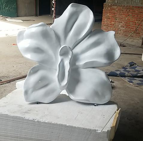 辽宁玻璃钢雕塑