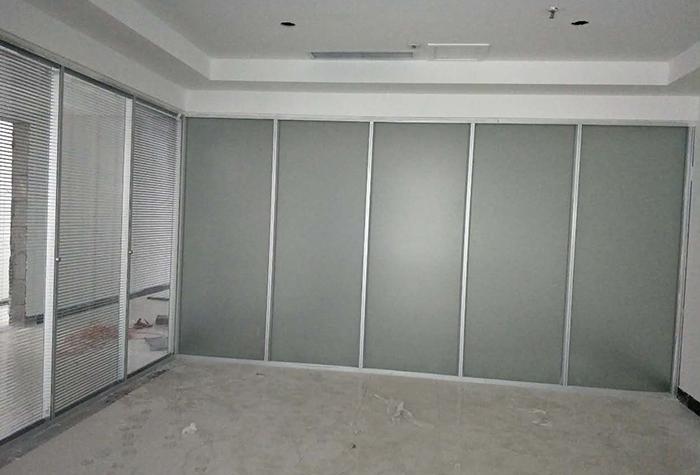 重庆磨砂玻璃隔断设计