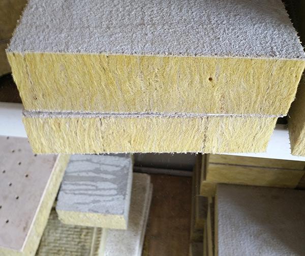 沈阳岩棉复合板价格