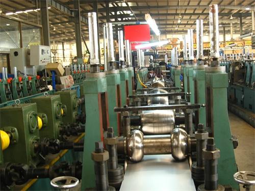 不锈钢制管机