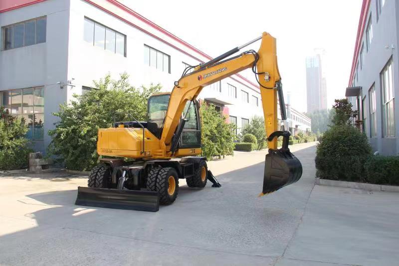 95型轮式挖掘机
