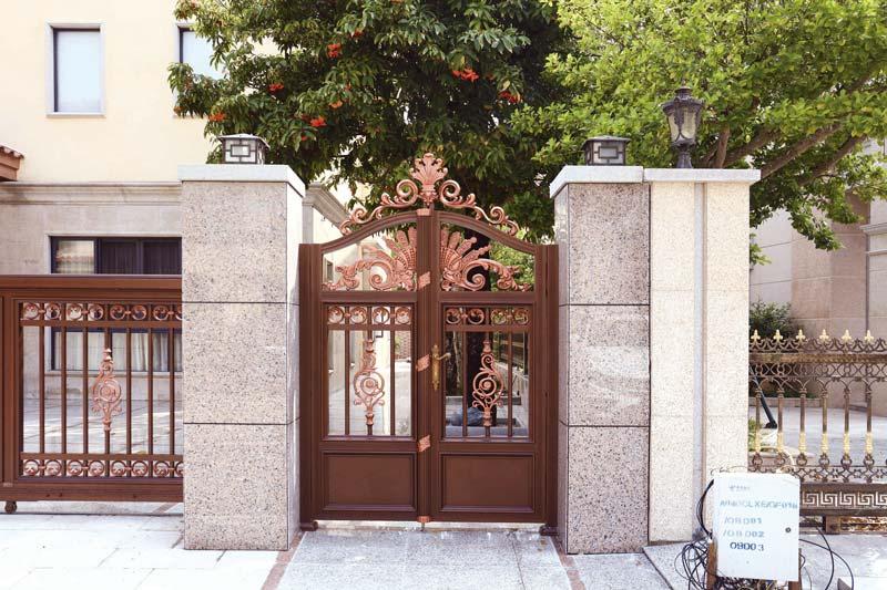 典雅庭院小门