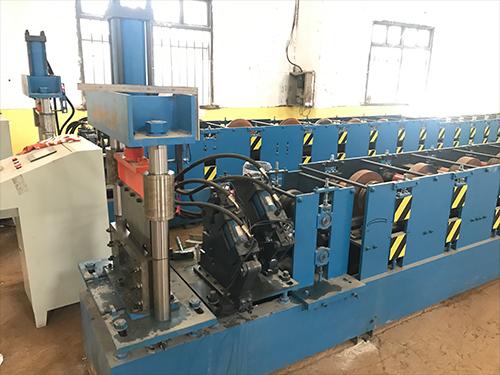 江西岩棉板生产机