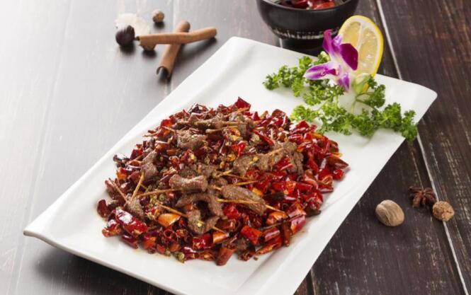 传统巴渝菜:牙签牛肉