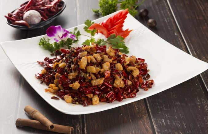 传统巴渝菜:辣子鸡丁