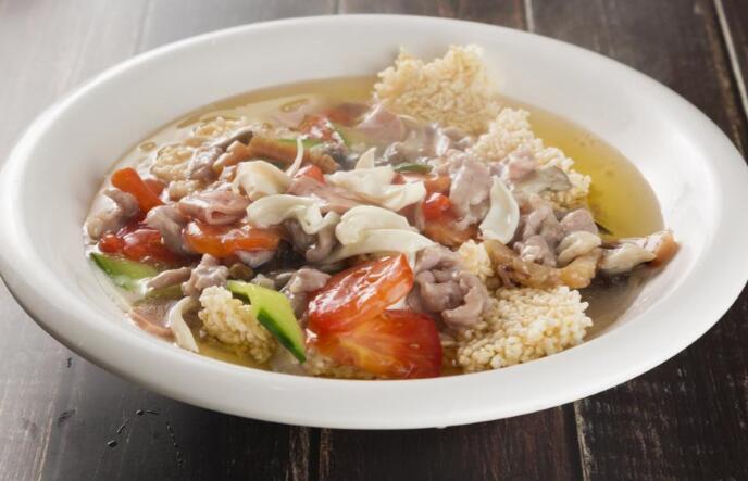 传统巴渝菜:三鲜锅巴