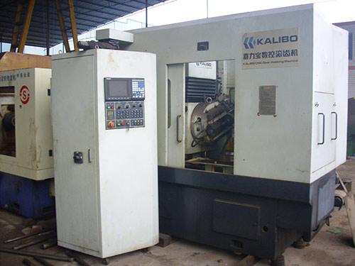 YB3120CNC数控滚齿机