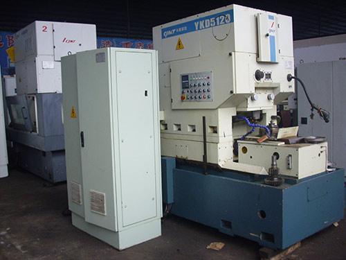 YKD5120数控锥度插齿机