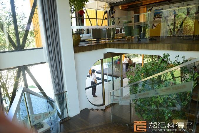 东海地产彭水公园世界城集装箱项目