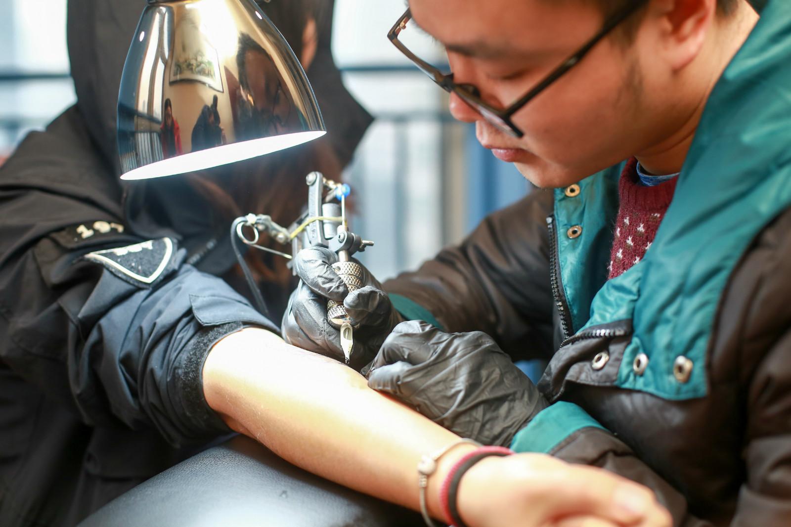 专业纹身师教学