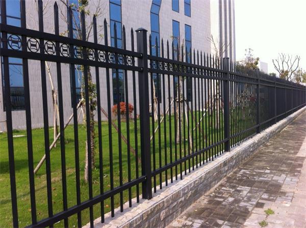 武汉锌钢围墙栏杆定做